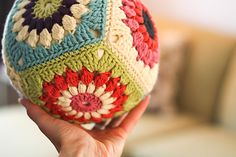 Ravelry: KendraKat's Crochet Pillow Ball crochet ideas, balls, crochet ball, sunburst granni, crochet pillow, granni squar, granny squares, squar pattern, pillow ball