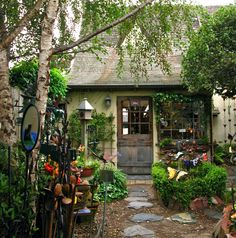 ~entrance to ~A Great Place~ shop in Carmel, CA