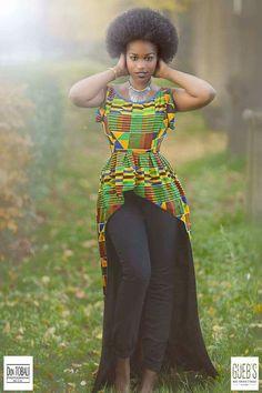 African Tops, African Women, African Dress, African Outfits, African Art, Ghanaian Fashion, African Fashion, African Style, African Traditions