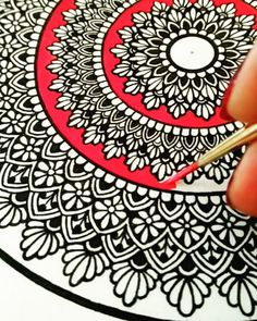 342 Likes, 29 Comments - Karishma Srivastava Mandala Art Lesson, Mandala Doodle, Mandala Artwork, Mandala Painting, Doodle Art Drawing, Cool Art Drawings, Mandala Drawing, Doddle Art, Watercolor Mandala