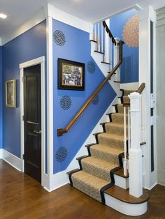 10 Runway-Ready Carpeted Staircases : Home : DIY
