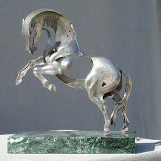 sculpture horse caballo chapa