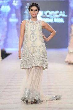 ammara khan dress