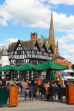 Pavement cafe and High House, Hereford. England