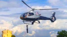 Homem, pendurado, Helicoptero, 2km, Homem fica pendurado em helicóptero ...