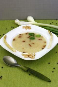 Biała zupa szparagowa z serem parmezan i orzeszkami pini Parmezan, Cheeseburger Chowder, Blog, Blogging