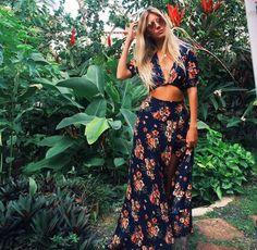 Look boheme robe hippie chic femme bien habillée jupe longue