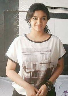 Dream Girls Photos: Pictures of Keerthy Suresh without makeup Beautiful Girl Indian, Most Beautiful Indian Actress, Beautiful Actresses, Indian Actress Photos, Indian Actresses, Hot Actresses, South Actress, South Indian Actress, Stylish Girls Photos