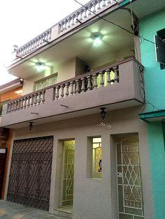 Casa Hostal D'Sara Owner:                   Ernesto González / Saribet Ávila               City:                       Santa Clara                 Address:                 Calle Céspedes No. 67A entre Unión y Maceo, Santa Clara         Breakfast:               Yes Lunch/ diner:           Yes Number of rooms:    2