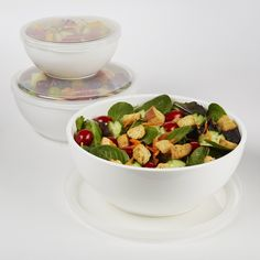 All of your cold foods serving needs are met with the Freezable Serving Bowl Set! A 3-cup, 6.5-cup and 10-cup freezer gel lined bowl is included in each set, so there is no end to your lunch, party, p
