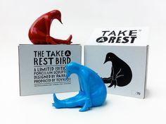 Parra - Take A Rest – Porcelain sculpture 2011