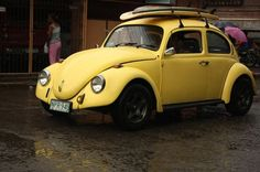 yellow volks #WeLoveColors Love this vintage Beetle!