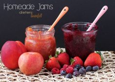 Homemade Nectarine and Pluot Jan and Mixed Berry Jam. All natural fruit, no refined sugar needed. from #dietersdownfall.com