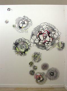 Abigail Reynolds crochet, so cool Diy Art, Nature Sketch, Textiles, Art Textile, 3d Drawings, Yarn Bombing, Crochet Art, Fabric Art, Fiber Art