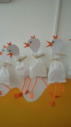 Craft Easter - event planning - Fall Crafts For Kids Easter Crafts For Kids, Diy For Kids, Easter Craft Activities, Art Activities, Diy And Crafts, Arts And Crafts, Easter Art, Farm Theme, Animal Crafts