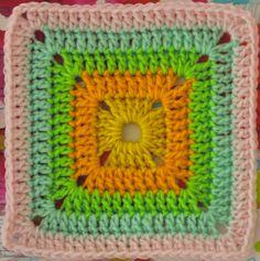FREE Motif Monday: Solid Crocheted Square by Sarah London Free Crochet Square, Crochet Squares Afghan, Crochet Blocks, Granny Square Crochet Pattern, Crochet Granny, Granny Squares, Sunburst Granny Square, Crochet Motif Patterns, Crochet Instructions