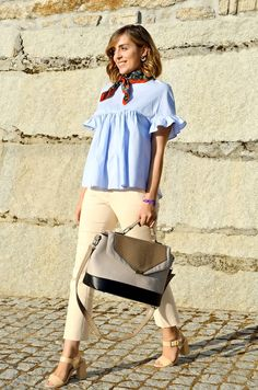 Le Trendy Charm: A SMALL NECKERCHIEF CAN MAKE THE LOOK