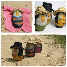 5 Original Handpainted Wooden Penguin Family / por helena,,