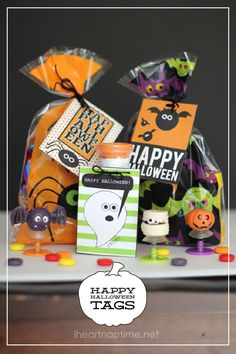 Free halloween tags at iheartnaptime.net ...so cute! #Halloween #freeprintables