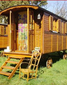 """Roulotte - """"Roulotte"""" is the French word for caravan. In my mind Roulottes are a bit like a mix between a Vardo and a Bauwagen. They have the Bauwagen shape but with more decorative exteriors like Vardos."""
