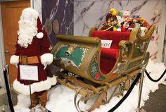 D23 Days of Christmas - Day 11 | D23.com Christmas Room, All Things Christmas, Vintage Christmas, Christmas Holidays, Santa Pictures, Santa Suits, Walt Disney World, Gingerbread, Seasons