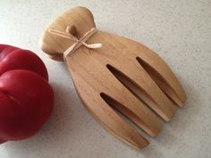 Personalized Salad Hands #gift #salad #withluvdesign #utensils #bamboo