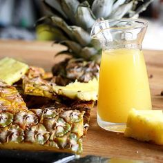 Tepache recipe - a classic Mexico street drinks made of fermented pineapple rinds. It's now finding its way into craft cocktails. It will take about a week to fully ferment. #tropical #tiki