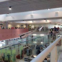 27. Biblioteca de São Paulo - Inaugurada em 2010 no Parque da Juventude, local onde ficava o Carandiru, a biblioteca de São Paulo conta com 4.257 m² de área e cerca de 30 mil itens, além de intensa programação cultural.