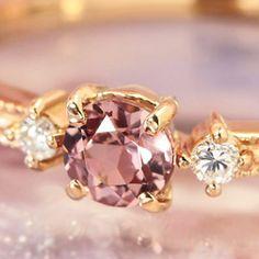 【送料無料】x x x Bizouxタンザニア産「桜色」シャンパンガーネット×ダイヤモンド×K18カラーゴールドリング・リュシル【楽天市場】