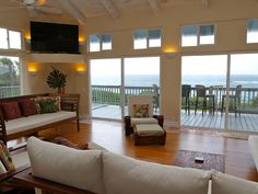 5 Bedroom North Shore Oahu Sunset Beachfront... - VRBO