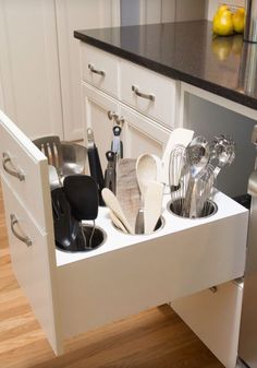 Creating the best smart kitchen storage is easier. Storage for your kitchen helps you to make your kitchen doesn't look messy so that you need it. However, when you create it, you have to know smart kitchen storage solution ideas… Continue Reading → Kitchen Storage Solutions, Diy Kitchen Storage, Kitchen Cabinet Organization, New Kitchen Cabinets, Smart Kitchen, Home Decor Kitchen, Kitchen Interior, Wolf Kitchen, Organized Kitchen