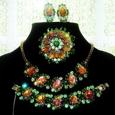 Vintage Juliana Cat's Eye Rhinestone Necklace Bracelet Brooch Earrings Book Set