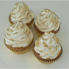 Wedding Favour Cup Cakes White & Gold