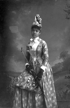 Nellie Franklin, holding a parasol http://www.flickr.com/photos/floridamemory/