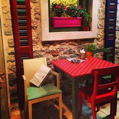#doca #greece Travel Around The World, Around The Worlds, Outdoor Furniture Sets, Outdoor Decor, Greece, Home Decor, Homemade Home Decor, Decoration Home, Grease