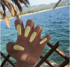 Trendy Yellow Nail Art Designs To Make You Stunning In Summer;Acrylic Or Gel Nails; French Or Coffin Nails; Matte Or Glitter Nails; Acrylic Summer Nails Coffin, Acrylic Nails Yellow, Yellow Nail Art, Best Acrylic Nails, Acrylic Nail Designs, Coffin Nails, Holiday Acrylic Nails, Summer Holiday Nails, Nail Summer