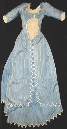 1790, blue silk taffeta. Turun museokeskus.