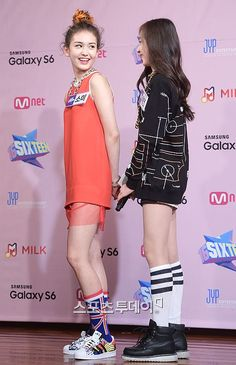 [PRESS] 2015.04.29 — Somi & Chaeyeon <SIXTEEN> Press Conference © stoo.asiae.co.kr