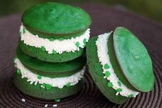 Green Velvet Whoopie Pies – St. Patrick's Day Baking Ideas-again homemade recipe
