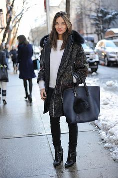 Maria Dueñas Jacobs pulled together an après-ski-chic look with a quilted anorak and a mohair sweater. Source: Gorunway