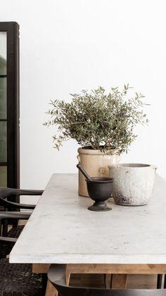 Dining Room Inspiration, Interior Design Inspiration, Home Decor Inspiration, Home Interior Design, Interior Styling, Design Ideas, Modern Decor, Modern Design, Modern French Decor