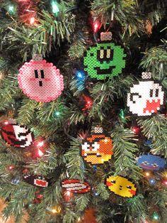 Handmade Nintendo Christmas Ball Ornaments out of Perler Beads Christmas Balls, Christmas Time, Christmas Ornaments, Ball Ornaments, Christmas Lights, Perler Beads, 8bit Art, Geek Crafts, Beading Patterns