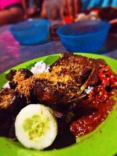 Nasi Bebek Tugu Pahlawan, Surabaya