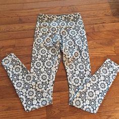 Lululemon Printed Leggings Like new! lululemon athletica Pants Leggings