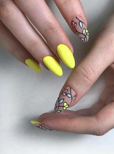 This summer we have lots of ideas and colors that you can combine to create some very colorful and personalized nail designs.We decided to choose my favourite ones around a summer theme.Here are 40 nail designs for summer. Trendy Nail Art, Stylish Nails, Diy Nails, Cute Nails, Nail Design Spring, Nailart, Diy Nail Designs, Minimalist Nails, Holiday Nails