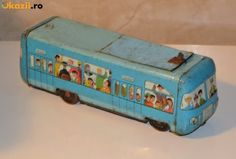 AUTOBUS ROMANESC TABLA foto mare Old Toys, Old Pictures, Golden Age, Vintage Toys, Childhood Memories, Toy Chest, Old Things, Stationery, Pictogram