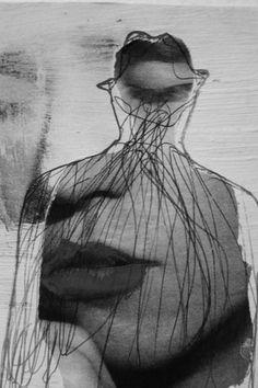 Quando eu me sinto um pouco rejeitada / Me dá um nó na garganta / Choro até secar a alma de toda mágoa / Depois eu passo pra outra / Como mutante / No fundo sempre sozinho / Seguindo o meu caminho / Ai de mim que sou romântica.  Mutante, Rita Lee