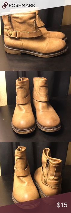 Tan Forever21 Booties Used once but still in good condition Forever 21 Shoes Ankle Boots & Booties