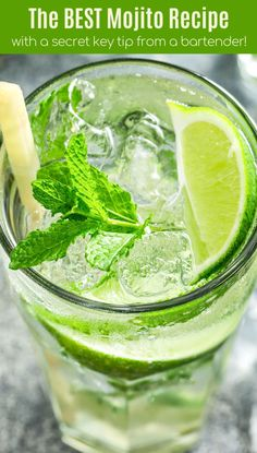 This is the best Mojito recipe, with a quick homemade mojito simple syrup to intensify the flavor! Plus, all my tips on how to make Mojitos for a crowd! Mojito Recipe Simple Syrup, Best Mojito Recipe, Mojito Mix, Vodka Mojito, Mojito Drink, Mint Simple Syrup, Mint Mojito, Recipes, Bon Appetit