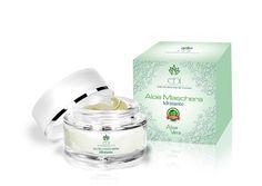 Aloe Vera maschera idratante 100% naturale per il trattamento delle pelli tendenti alle rughe e all'invecchiamento precoce. Per tutti i tipi di pelle.